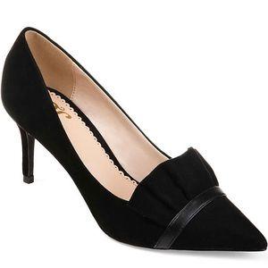 Classy Journee Collection Heels 🌸